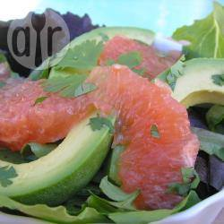 Salade met grapefruit and avocado recept