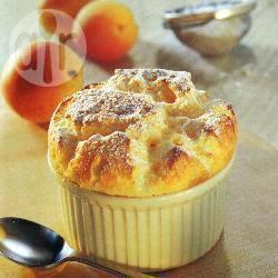 Warme abrikozensoufflés recept