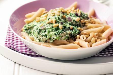 Volkorenpasta met spinazie-roomsaus