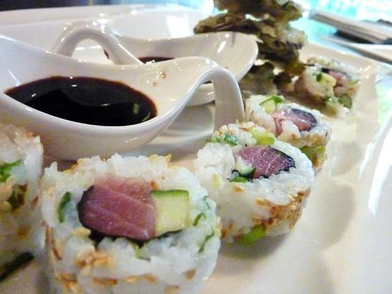 Sushi binnenstebuiten recept