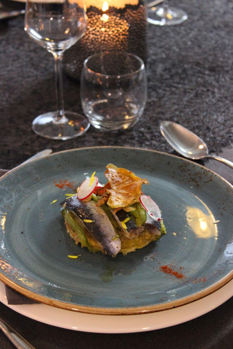 Recept 'taartje van sardines met auberginekaviaar en uiencompote ...
