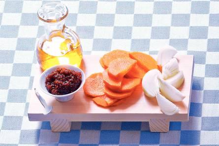 Wortelstamppot met cashewnoten en koriander