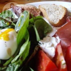 Salade met parmaham, vijgen en spinazie recept