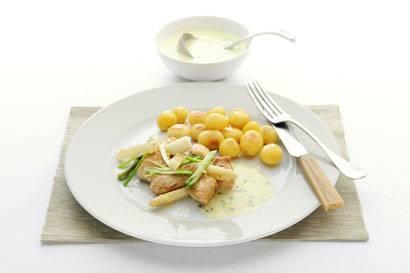 Roergebakken kip in aspergesaus recept