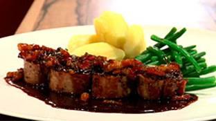 Varkenshaas met een heerlijke trappistenbier saus recept ...