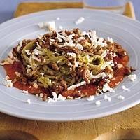Pestospaghetti met gehakt en feta recept