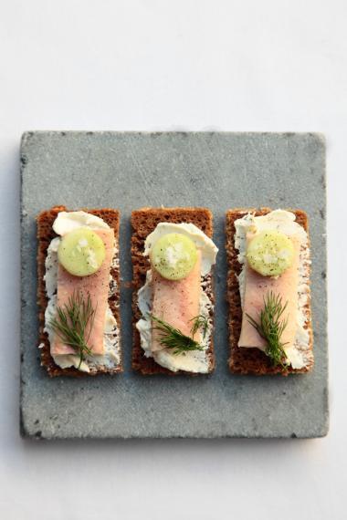Recept 'roggebrood met gerookte paling'
