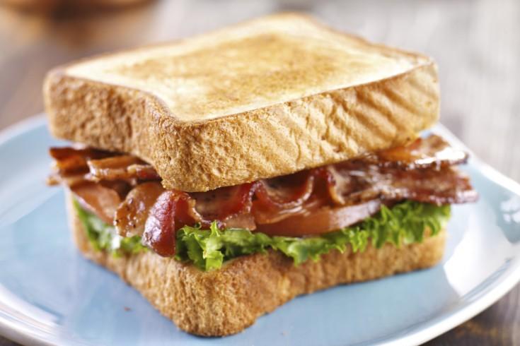 De klassieke blt sandwich