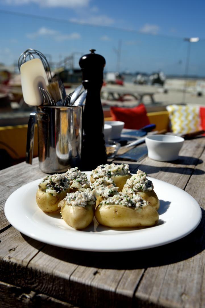 Recept 'gevulde aardappel met paling en zure room'