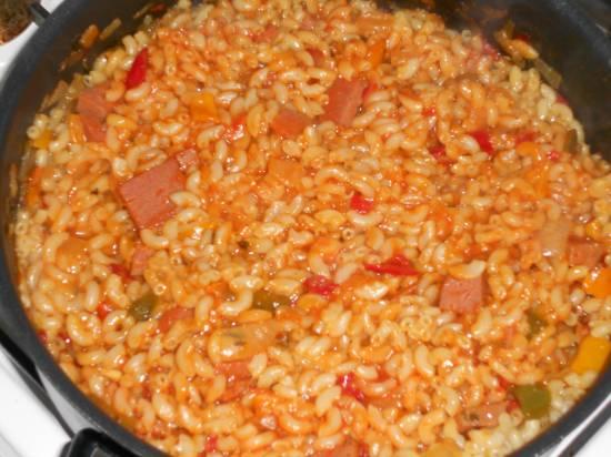 Heerlijke macaroni schotel met ham, groente en kaas recept ...