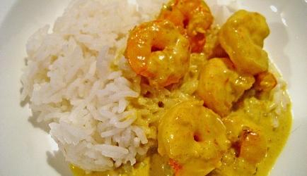 Pittige garnalen in kokosmelk met rijst recept