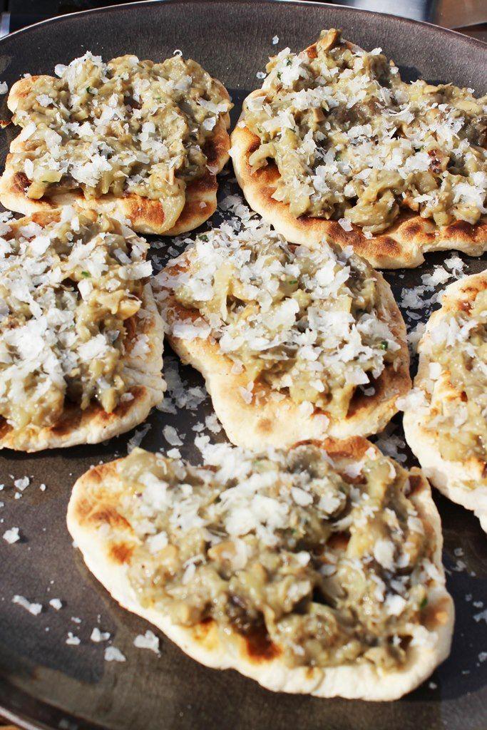 Recept 'mini-pizza's met auberginekaviaar'
