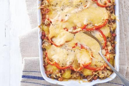 Aardappel-champignonschotel met kaas