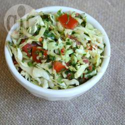 Koolsalade met rode paprika recept