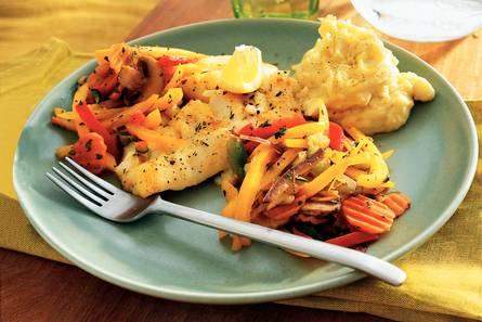 Kabeljauw met provençaalse groenten en aardappel-knoflookpuree ...