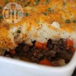 Ovenschotel met gehakt, wortel en aardappelpuree recept ...