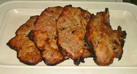 Varkenskarbonade in marinade van rooibostee op kolen recept ...