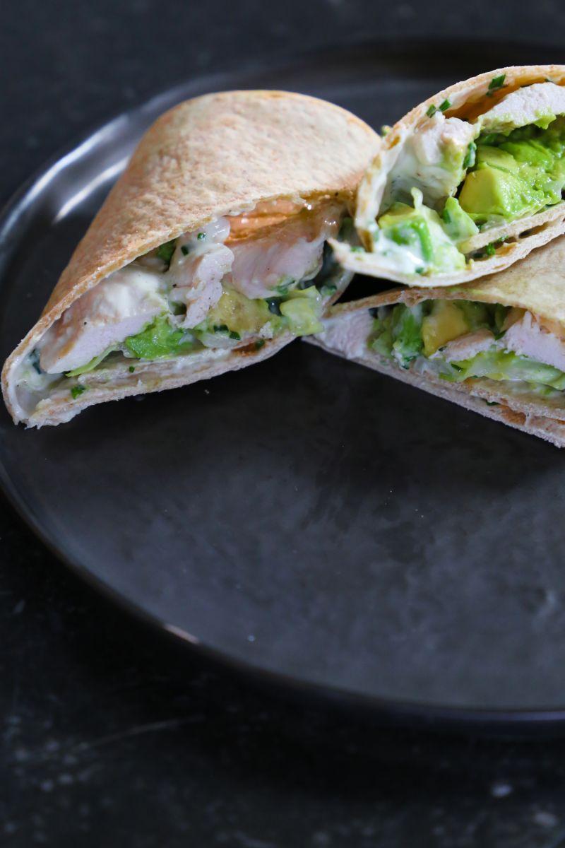 Recept 'wrap met kip en looksaus'