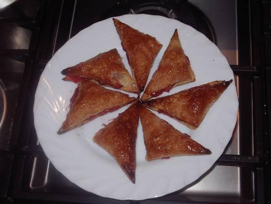 Bladerdeeghoekjes met rabarber en munt recept