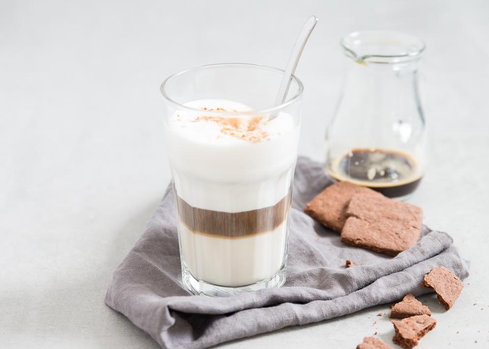 Weekendbites: chai coffee latte   blog birthday