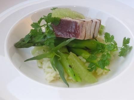 Limoen risotto met tonijn en gegrilde groene asperges recept ...