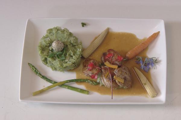 Kwartel met stoemp van prei, waterkers en pistachio nootjes
