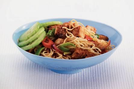 Eiermie met thaise kip
