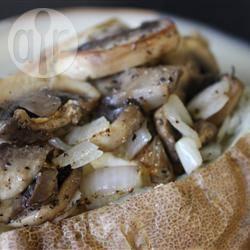 Gepofte aardappel met champignons recept