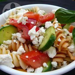 Griekse penne pastasalade recept