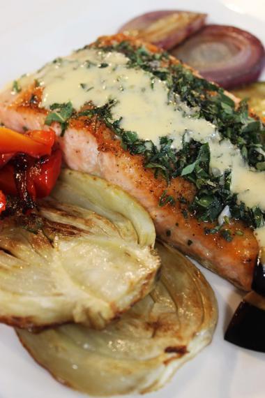 Recept 'geroosterde zalm met gegrilde groenten en dijonaise'