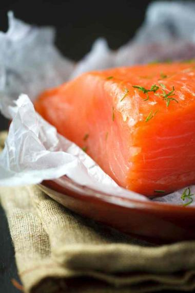 Recept 'verloren brood met zalm en dille'