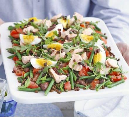 Zalm en linzen salade met olijven dressing recept