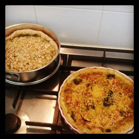 Broccoli-courgette taart met pijnboompitten recept