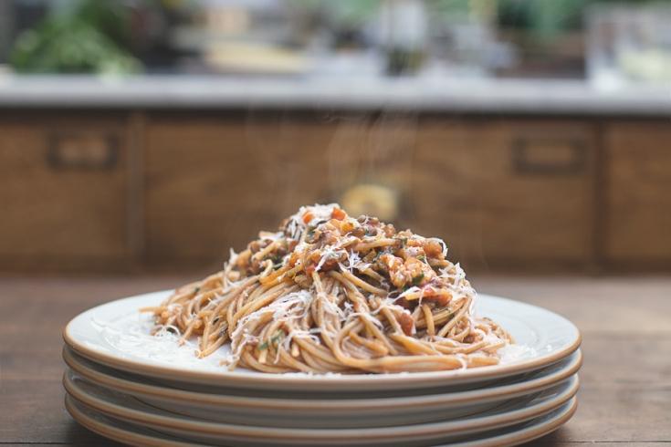 Vegetarische pasta bolognese van jamie oliver