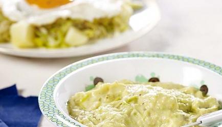 Spiegelei met gestoofde prei en mosterd recept