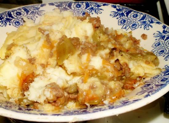 Gehakt, snijbonen en aardappelpuree pastei recept