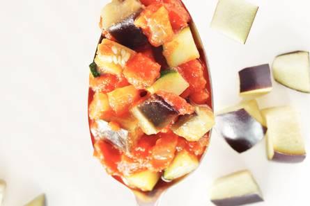 Tomaten-auberginesaus