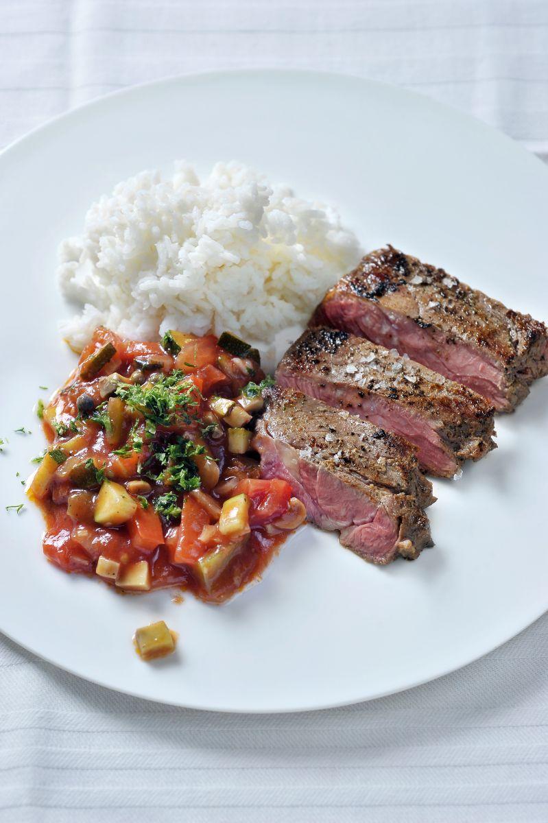 Recept 'entrecôte met provençaalse saus en rijst'