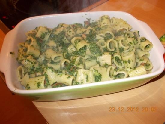 Romige pasta met spinazie-boursinsaus recept
