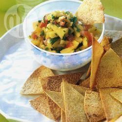 Tortillachips met verse mango-tomatensalsa recept