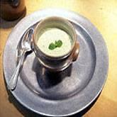 Koude komkommersoep met griekse yoghurt recept