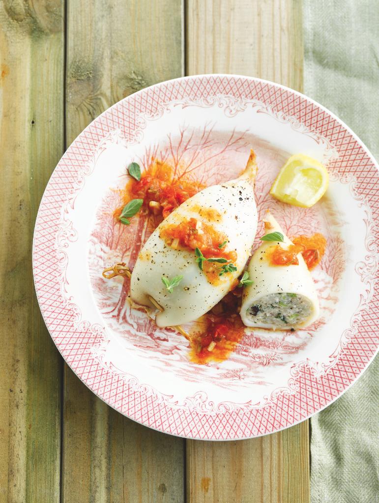 Recept 'gevulde inktvis met zomers tomatensausje'