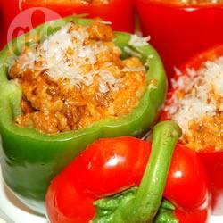Met bolognese saus gevulde paprika recept