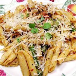 Penne met asperges en garnalen recept