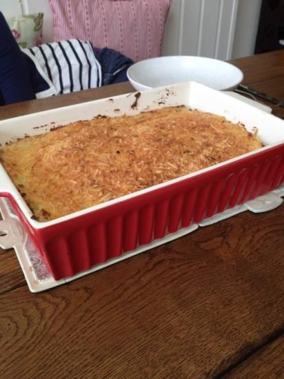 Ovenschotel met rode kool en gekruid gehakt recept