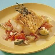 Gebakken kabeljauw met griekse groenten en feta recept ...