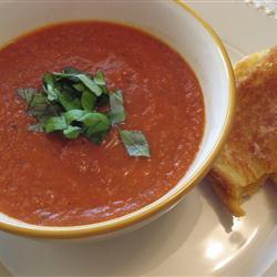 Soep van geroosterde tomaten recept