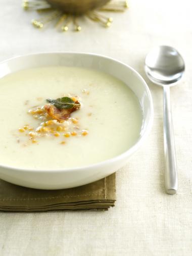 Recept 'soep met knolselder en rode linzen'