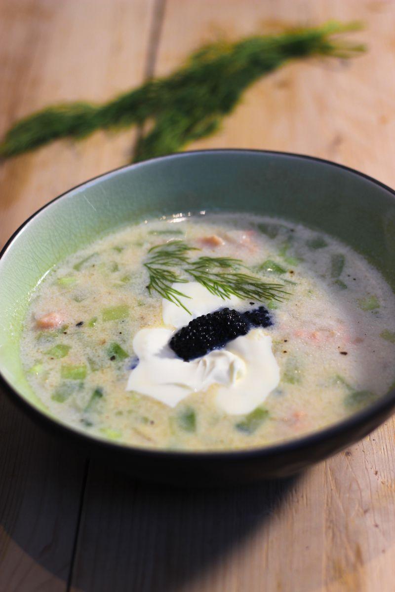Recept 'soep met gerookte zalm en dille'