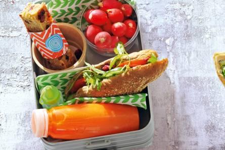 Meergranenpuntje gezond met bietenspread en komkommer ...